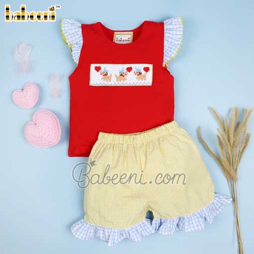 Girl smocked set puppies love - DR 3355