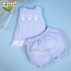 lovely-bunny-girl-striped-set-with-bow-dr-3094